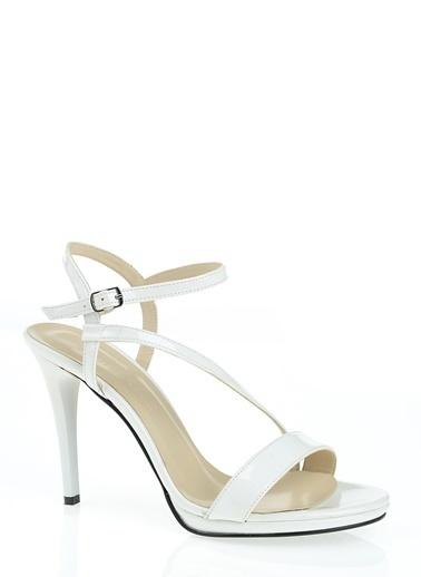 D by Divarese İnce Topuklu Ayakkabı Beyaz